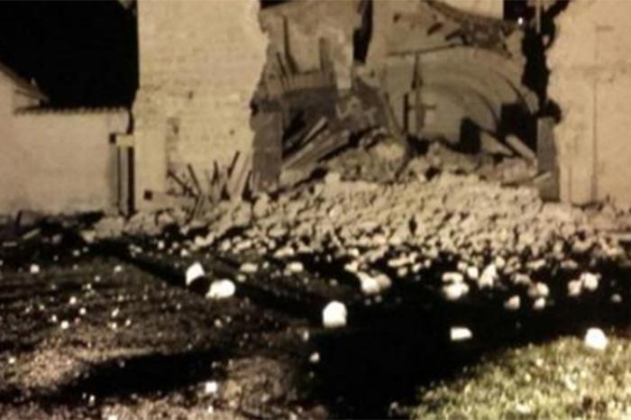Foto: Agencias. Los daños más graves los sufrieron casas y edificios históricos en pueblos medievales de las regiones de Marche, Abruzzo y Umbria.