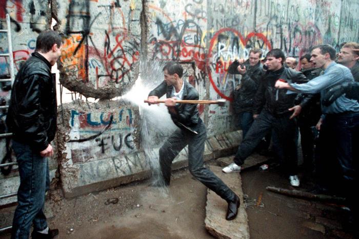 Foto: Internet. Conmemoran caída del Muro de Berlín, bajo la sombra de Trump.