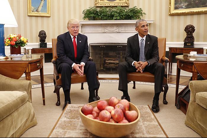 Foto: AP. Barack Obama recibe a Donald Trump en la Casa Blanca.