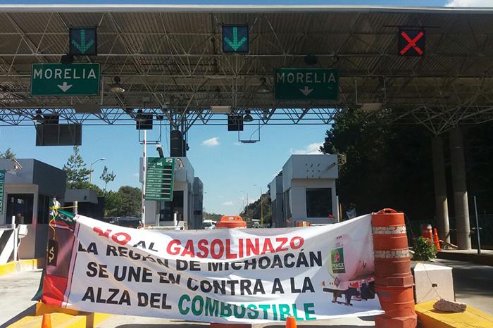 Foto: La Voz de Michoacán. Prevén bloquear las carreteras de Michoacán.