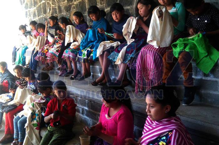 Foto: La Voz de Michoacán. Las cocuchas, una herencia ancestral.