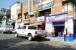 Foto: La Voz de Michoacán. Al intentar asaltar a un hombre resultó baleado en un expendio de pan Bimbo.