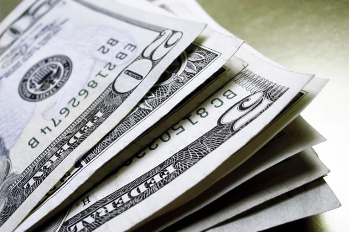 Foto: Agencias. La moneda extranjera se ofrece en un máximo de 21.80 pesos.