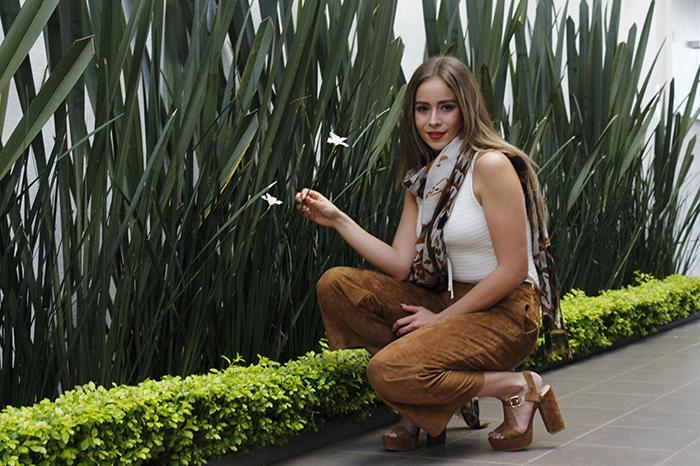 Foto: Pedro Ceja. La guapa chica se describe también como alguien aventurera.