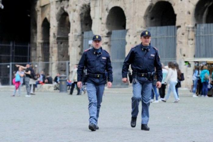 Foto: Notimex. Deja cuatro heridos tiroteo en centro de Nápoles.