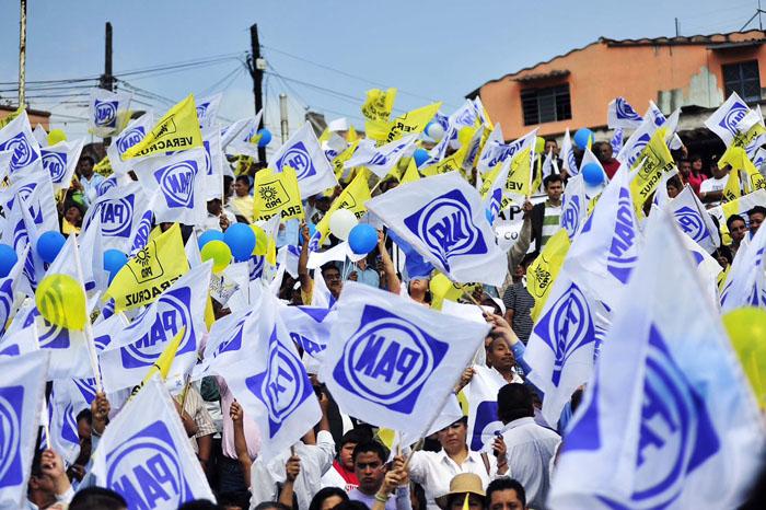 """Foto: Internet. De acuerdo con perredistas, la mayoría de votos se perfila por el """"no"""" a la alianza con el PAN."""