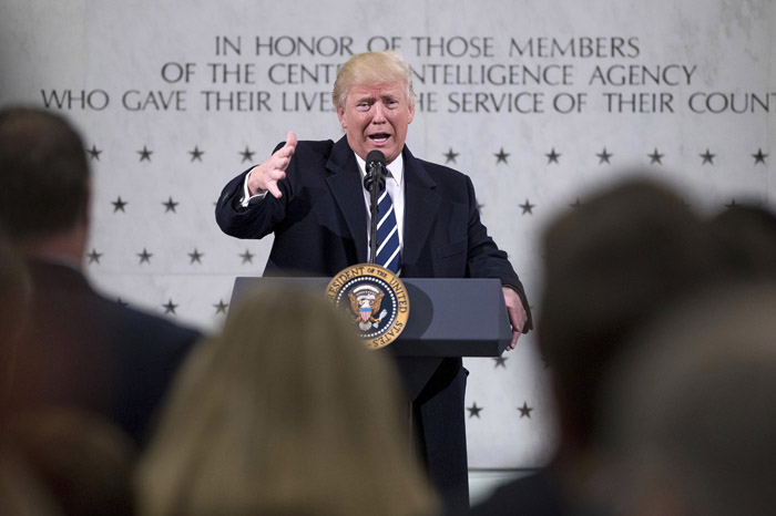 Foto: AP. En sus primeros días en la presidencia de Estados Unidos, Trump reitera que el muro fronterizo es un hecho.