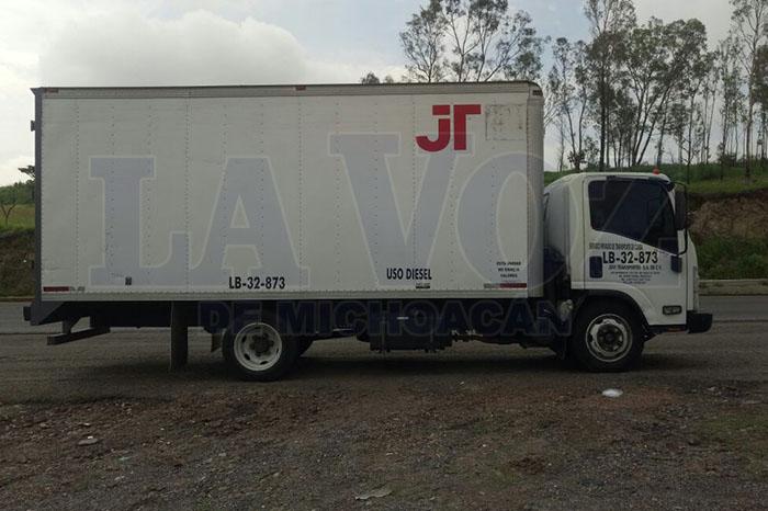 TARÏMBARO Policías de Tarímbaro recuperan camión de carga robado