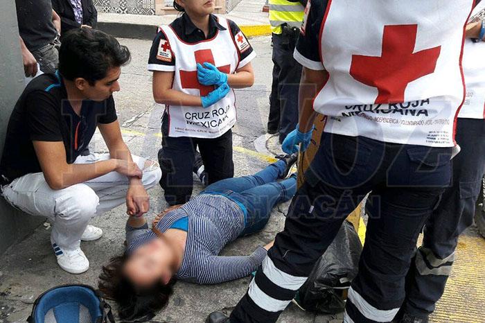 ZAMORA4 Joven motociclista impacta contra un poste en el Centro de Zamora (1)
