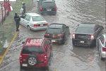 En Ecatepec la precipitación ocasionó caos vehicular.