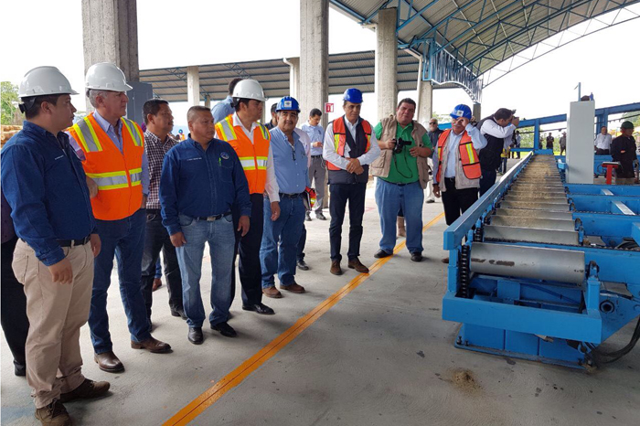 Modernizan aserradero en San Juan Nuevo