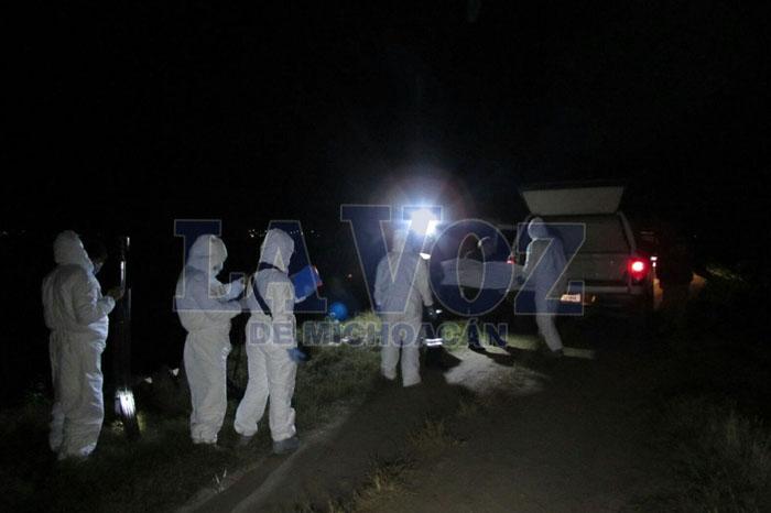 ARIO Hallan 4 cuerpos baleados a bordo de una camioneta copia