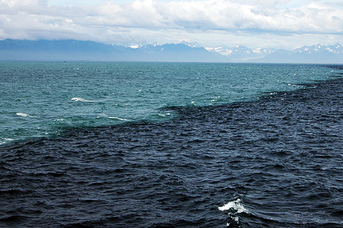 Merging Oceans Where two oceans meet