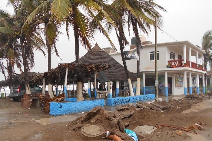 Playa azul problemas (1)