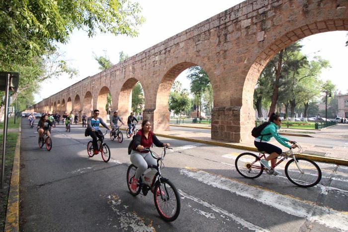 jóvenes bicicletas 2