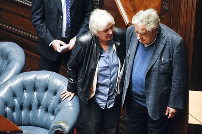Jose Mujica,Lucia Topolansky