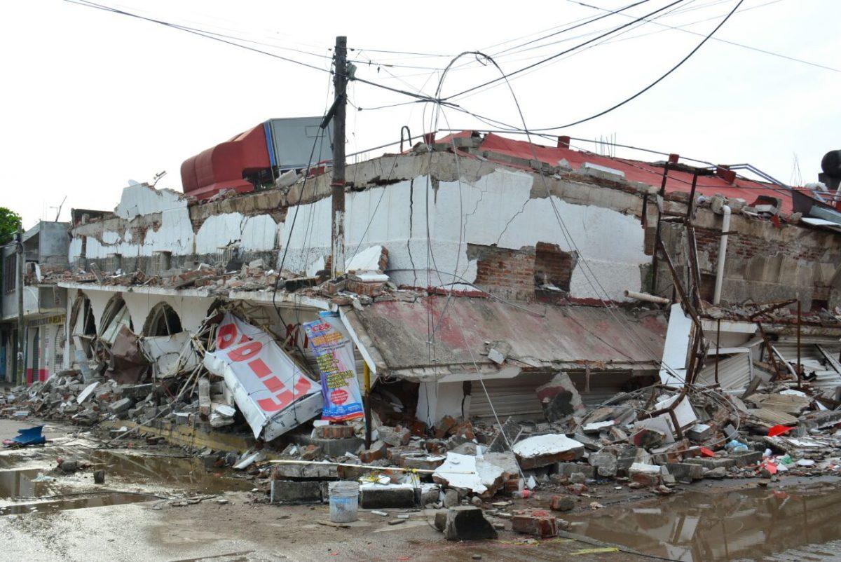 Estructuras colapsadas y daños en Oaxaca por sismos
