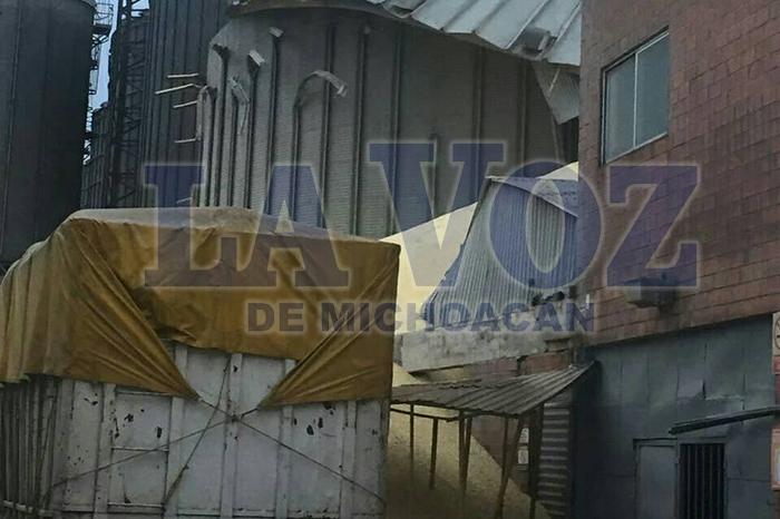 VERACRUZ Se desplomó silo en Veracruz, hay varios heridos (2)