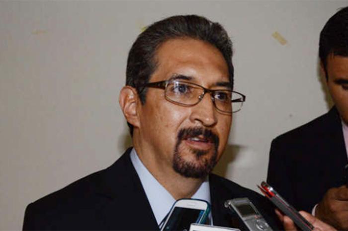 serna rector universidad michoacana
