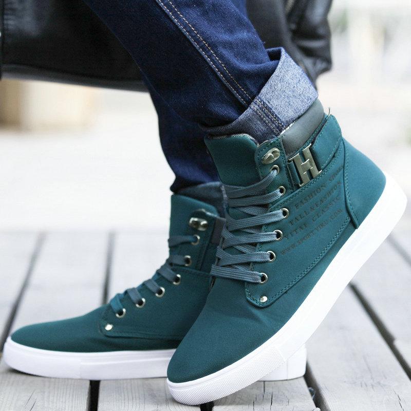 8dad08be087ee 2017-Hombres-Calientes-Zapatos-de-Moda-de-Piel-Caliente-Invierno-Hombre -Botas-Oto-o-Calzado-de