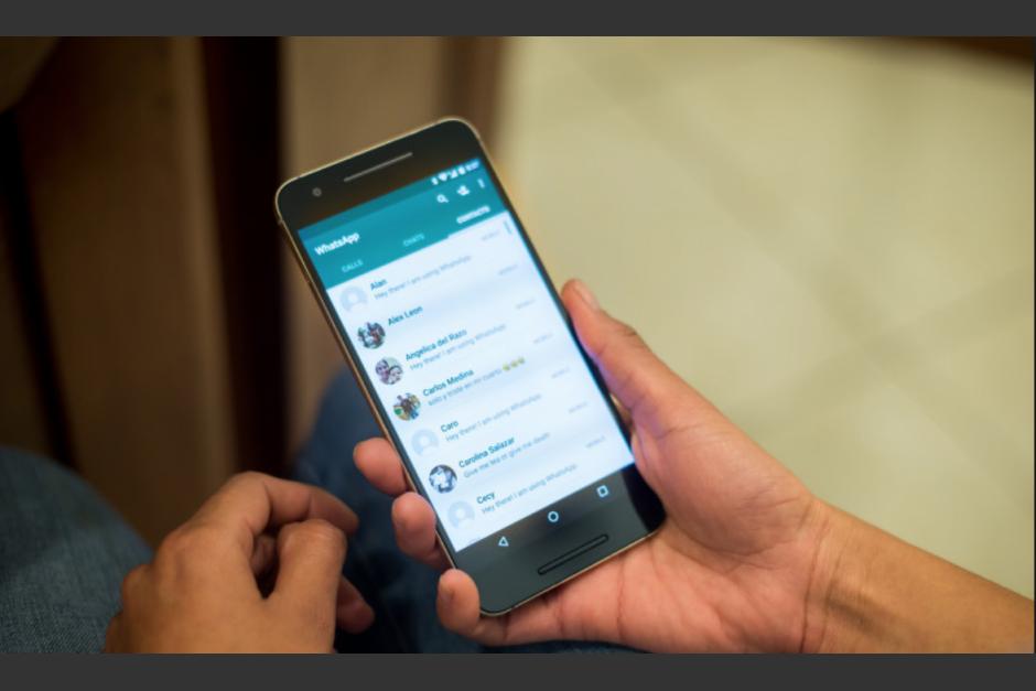 ¿Otro error? Siri infiltra en los mensajes de otros