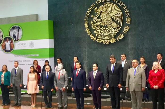 Peña Nieto entrega el Premio Nacional de Deportes