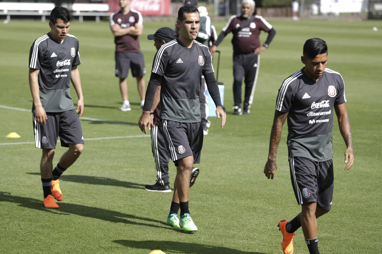 La Selección Mexicana realiza su primera práctica rumbo a Rusia 2018