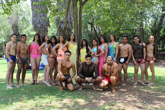 01 Grupo de Modelos ( Mujeres y hombres)
