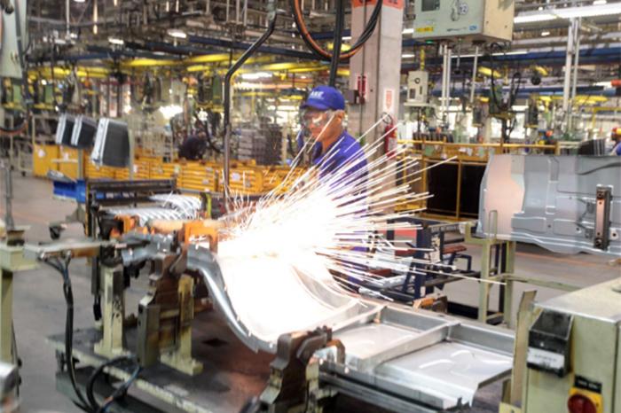 Hacienda estima creación promedio de mil 799 empleos al día