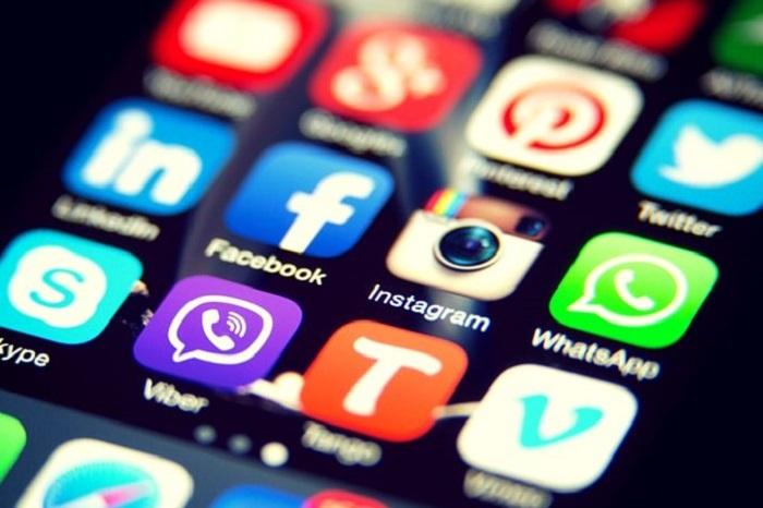 redes sociales listas