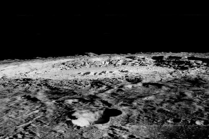 crater-Lunar