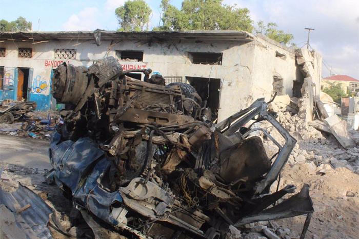 explosion coche bomba