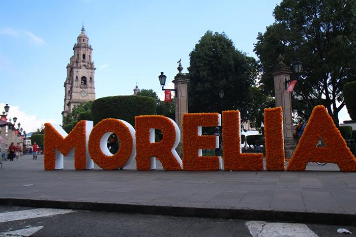 La capital michoacana está lista para recibir a paseantes y turistas para celebrar la Noche de Muertos
