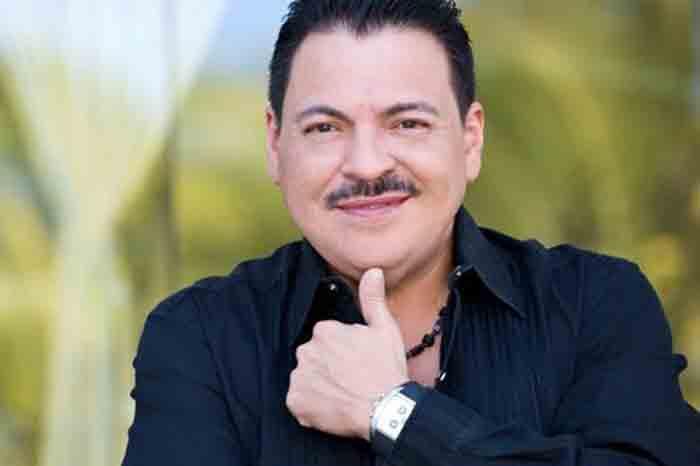 Julio Preciado es internado nuevamente