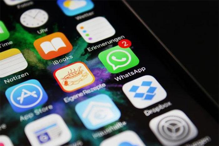Alertan de virus que ataca por mensajes navideños — WhatsApp