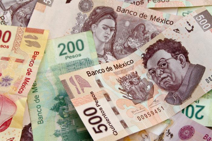 Dinero mexicano.