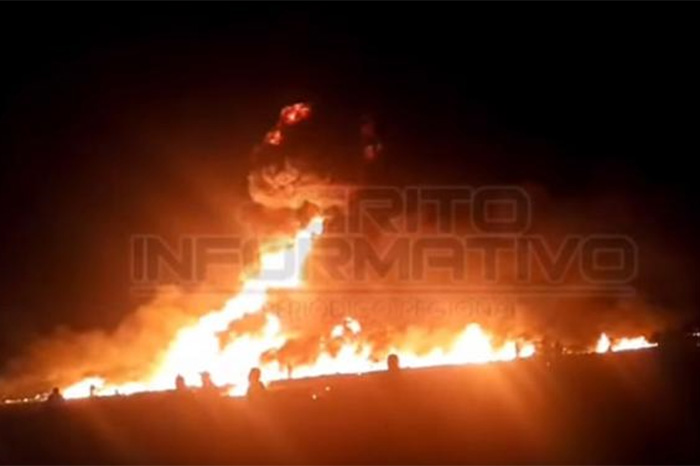 Ducto de Pemex explota en San Juan del Río