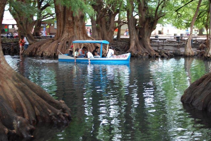 lago camecuaro michoacan