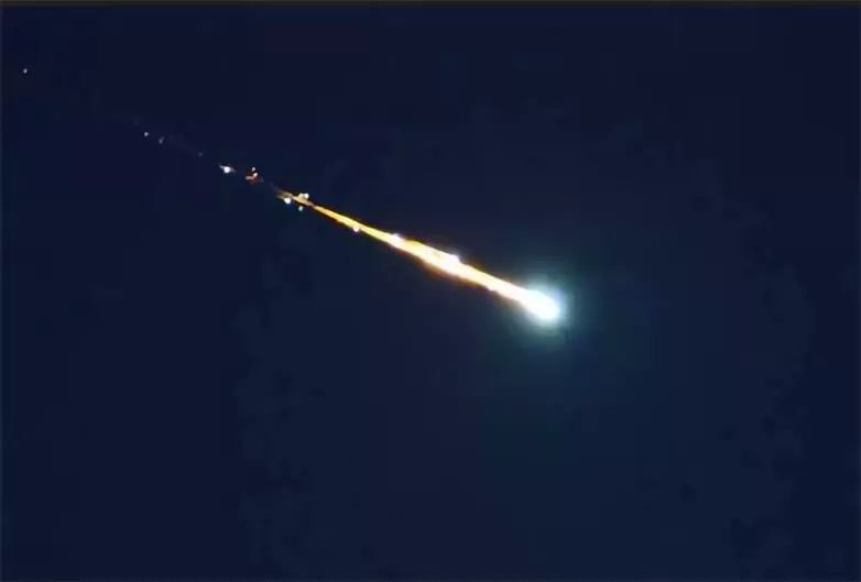 Así se vio la caída del supuesto meteorito en Michoacán