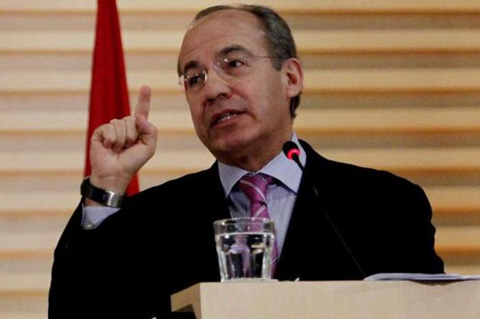 AMLO analiza enviar solicitud para consulta sobre juicio a expresidentes